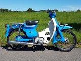TE HUUR! Honda C50 K1 Blauw (ook te koop)_