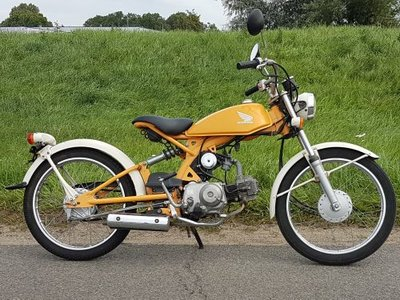 Honda Solo, geel, 19482 km