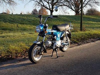 VERKOCHT ! Skyteam, 50cc, Dax, 225km, blauw