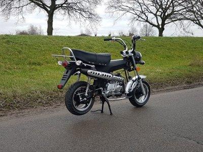 Zhenhua Dax 50cc, EFI, Euro4, Zwart