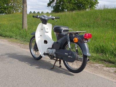 Honda C50 OT Japans, grijs, 2565 km