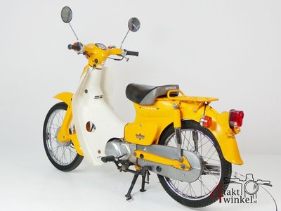 Honda C50 NT Japans, geel, 13775km, met kenteken