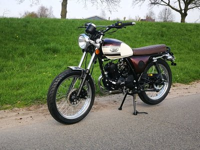 VERKOCHT ! Mash Fifty, 50cc, Bruin, Euro 4