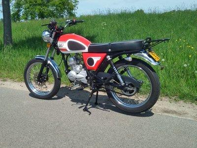VERKOCHT ! Mash Fifty rood, 50cc, Gebruikt