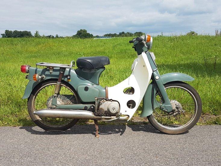 Honda-C50-OT-Japans-(11)-grijs,-rijklaar!-met-kenteken!-3321-km