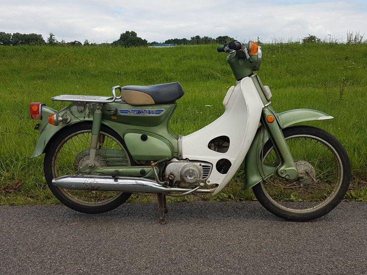 Honda-C70-Japans-(25)-groen,-7841-km