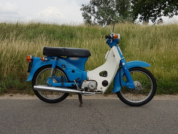 Honda-C70-OT,-6293-km,-motorfietskenteken