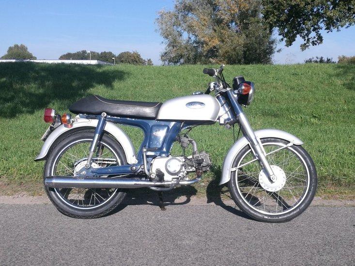 VERKOCHT-!-Honda-CD50-Benly,-50cc,-(1)
